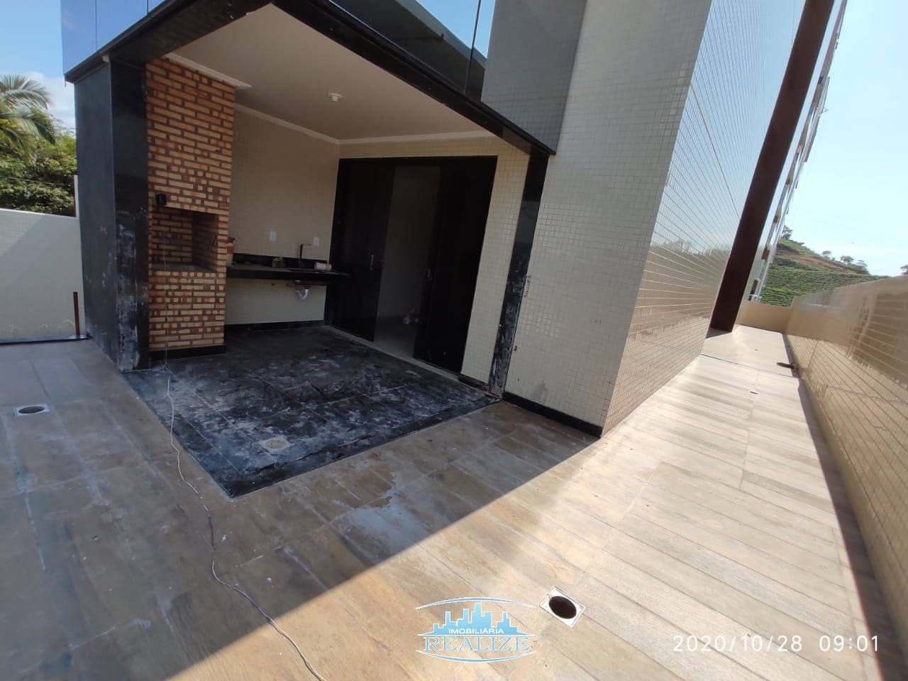 Vende Apartamento 290 m² de Área Privativa, Bairro Cidade Nobre